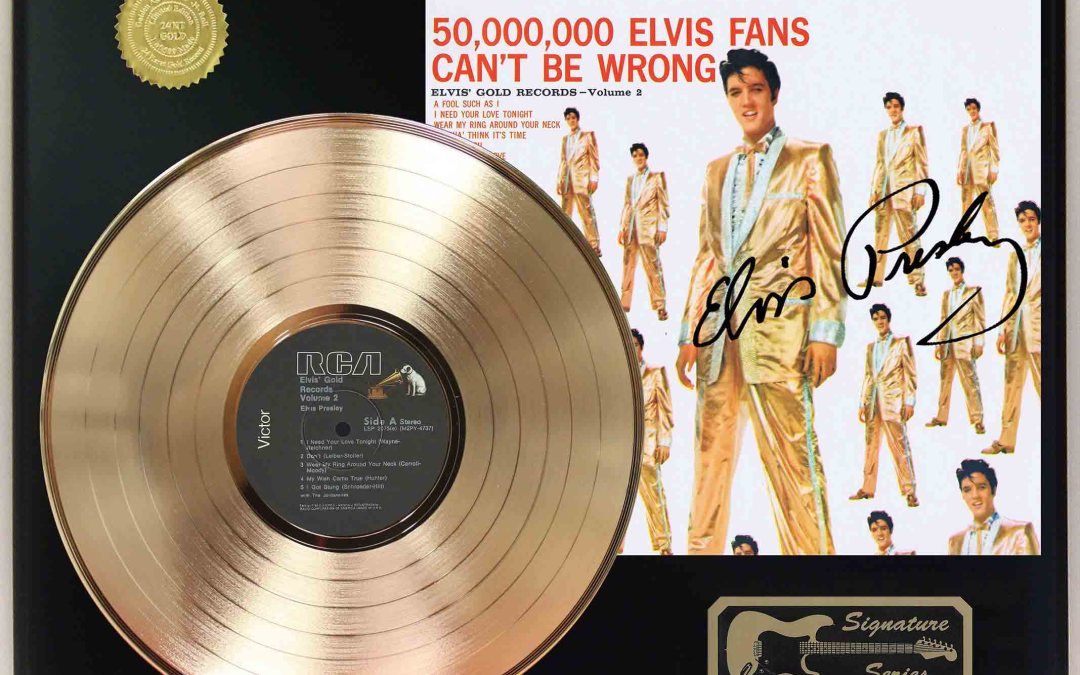 Elvis Presley – 50000000 Fans Can't Be Wrong Gold LP Record Signature Display C3