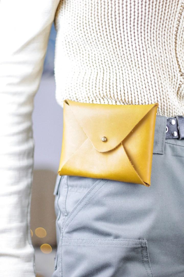 DIY Gürtel-Täschchen aus Leder ohne Nähen Goldschool
