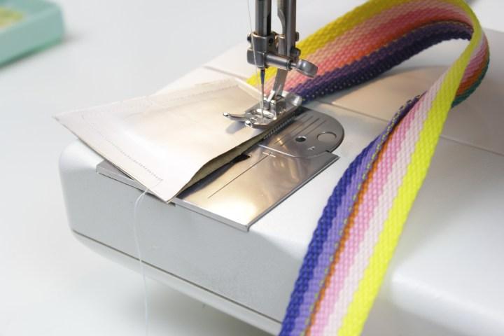 DIY-Anleitung-Upcycling-Bauchtasche-Milchkarton-Nähen