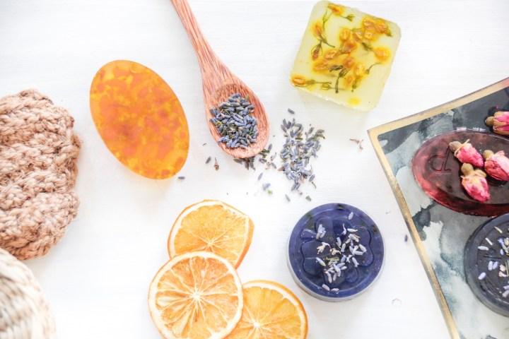 Seife aus Glycerin selber machen bei Goldschool DIY
