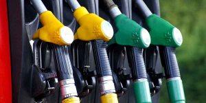Combustibles tendrán reducción significativa de precios