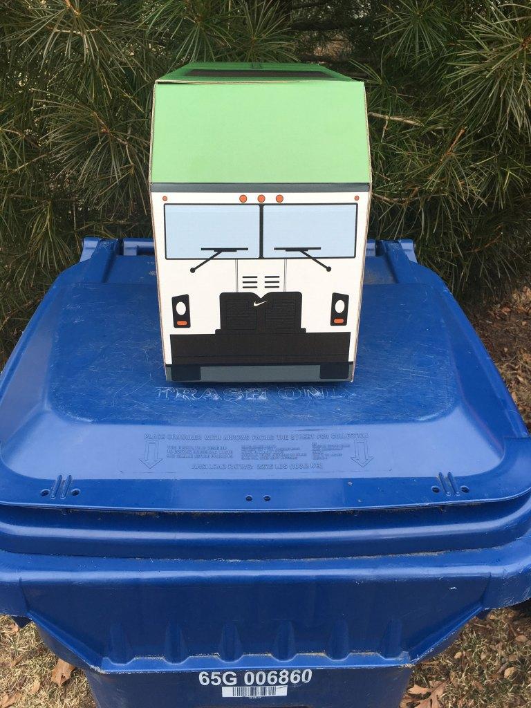 air max 1 g trash can