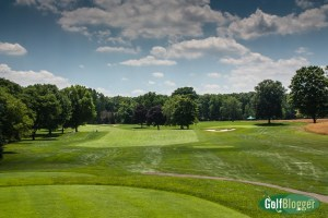 The fifth at Oakland HIlls is a 486 yard par four.