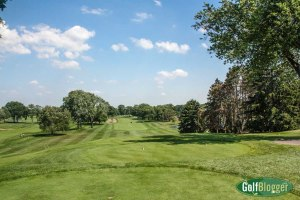 The 12th at Oakland HIlls is a 592 yard par 5.