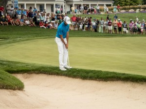 Curtis Luck chipping from just off the ninth green during the finals of the 2016 US Amateur