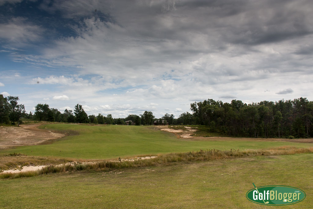 Mags Award Forest Dunes' The Loop Top New Course