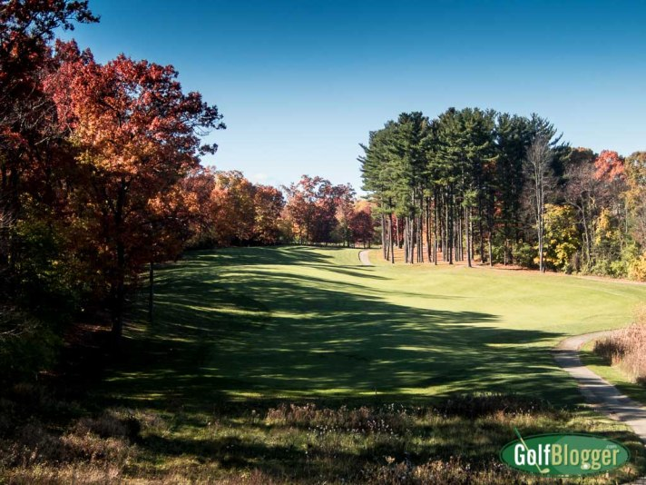 Fall color on the golf course: The fourth at The Grande