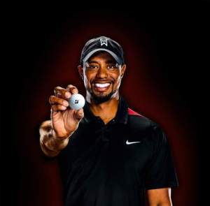 Tiger Signs With Bridgestone Golf
