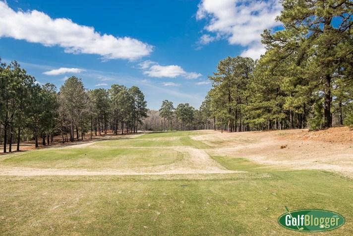 Pinehurst No. 8 Review first hole