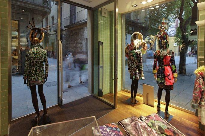 Barcelona. Barrio de El Borne - Shopping Custo