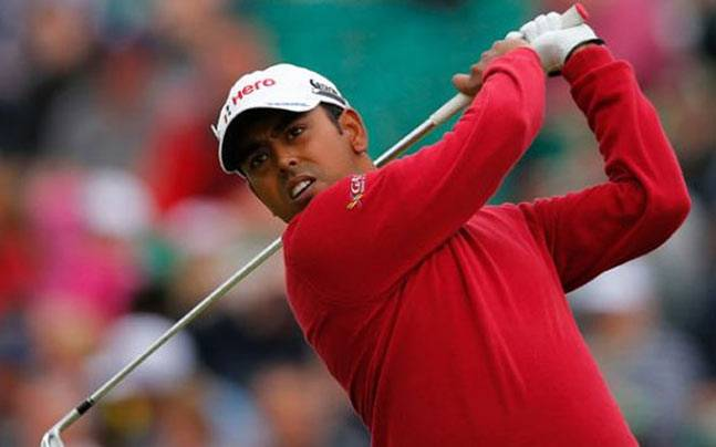 Anirban Lahiri survived another testing round of golf in the WGC Bridgestone Invitational with a fighting 73