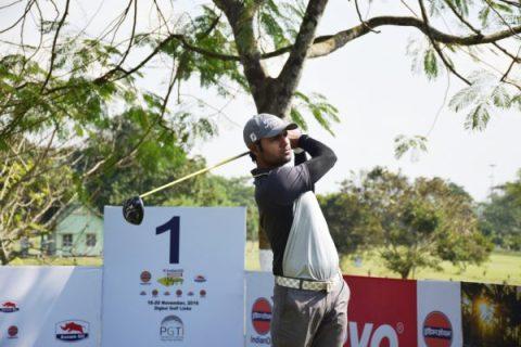 Honey-Baisoya-Round-2-leader at IndianOil Servo Masters Golf 2016