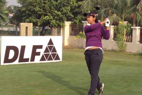 Vani Kapoor leading Rd 1 at 17th Leg