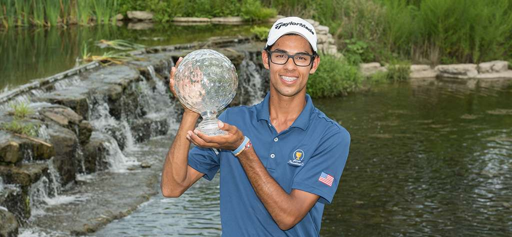 Akshay Bhatia with the Boys Junior PGA Championship