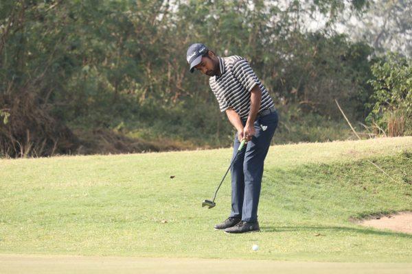 Kapil Kumar sared first round lead at PGTI Players Championship
