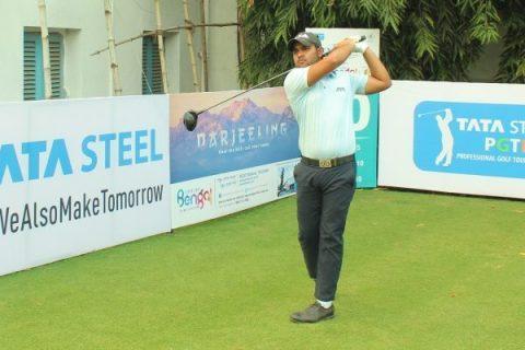 Honey Baisoya leads the Bengal Open