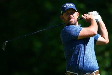 Scott Brown and Matt Kuchar share the 36-hole lead at RBC Canadian