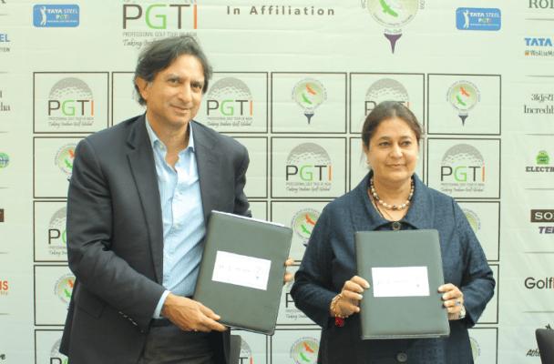 Mr. Gautam Thapar, President, PGTI and Mrs. Kavita Singh, President, WGAI, display the Affiliation Agreement between PGTI and WGAI soon after signing it on Wednesday, February 19, 2020