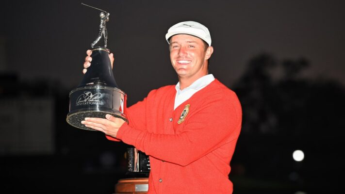 Bryson DeChambeau pars the last to clinch win at Arnold Palmer