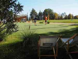 Putting-Green der Golf-Übungsanlage