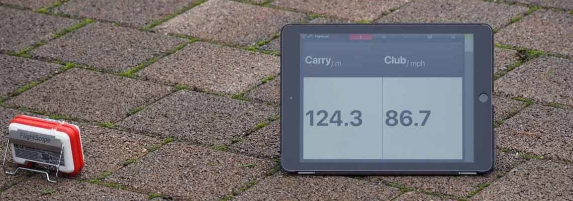 Golftraining mit Radar-Kontrolle