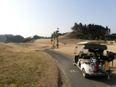 ゴルフのルールにある排水溝で救済を受けるときの注意点