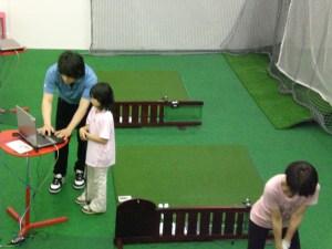 インドアゴルフスクールのメリット