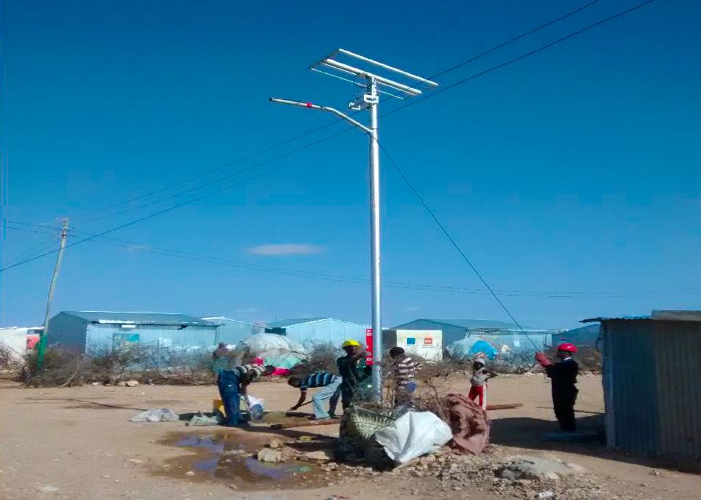 Assembling solar street light