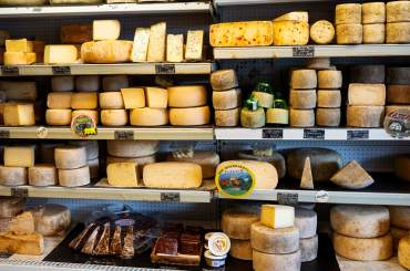 pyrenees-cheese-eat-local-collioure