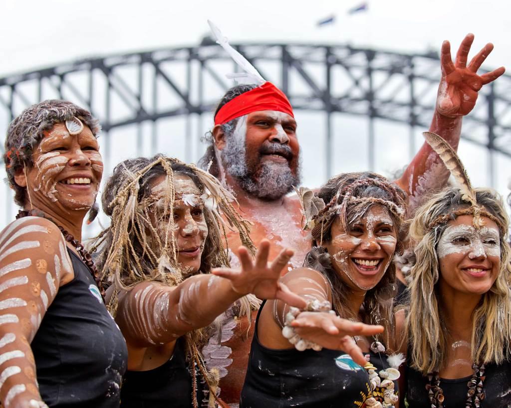 indigenous-dancers-sydney-australia