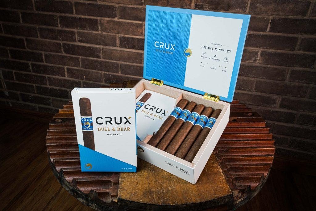 CRUX cigar bull and bear in box