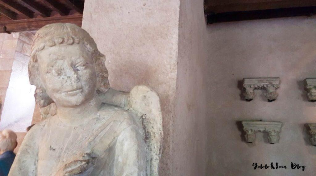 carcasona-castillo-carcassonne-chateau-museo-estatuas-viajes-con-niños-sur-de-francia
