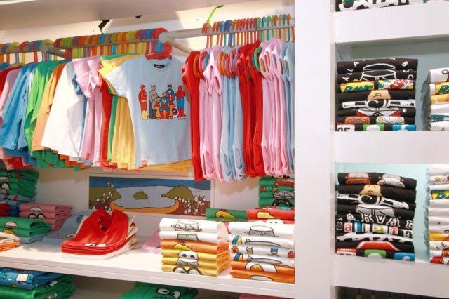 Niños y ropa
