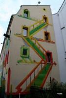 La escalera conectora