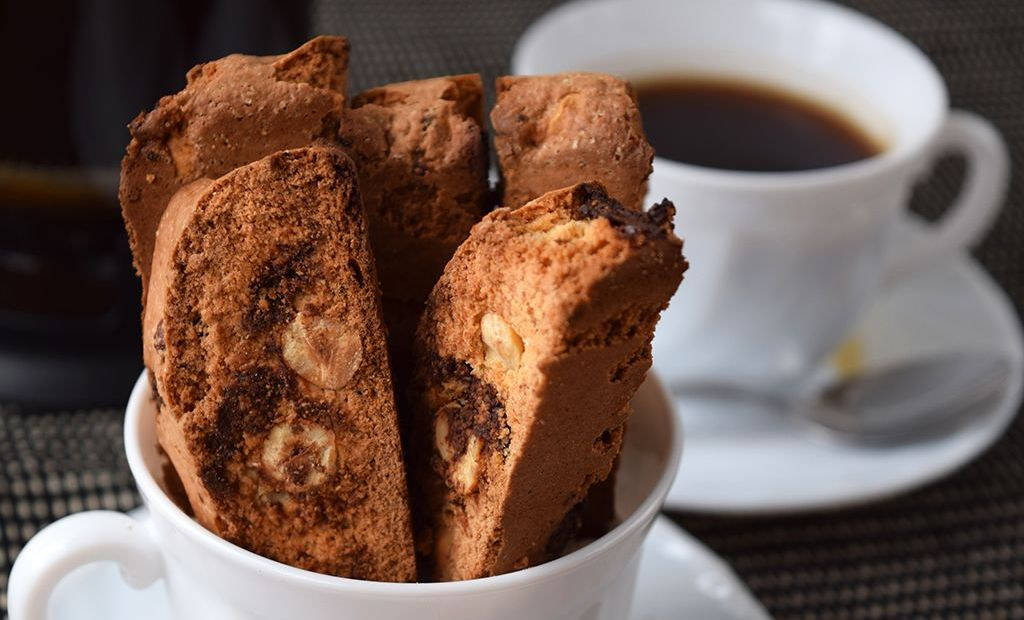 cantucci de avellanas y chocolate