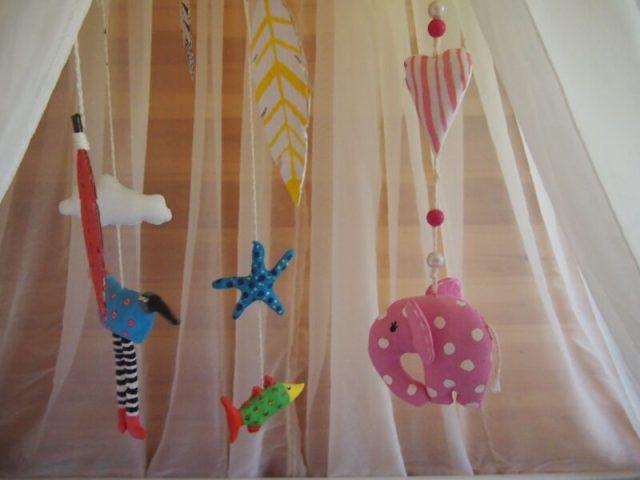 игрушки своими руками в детскую кроватку для мобиля