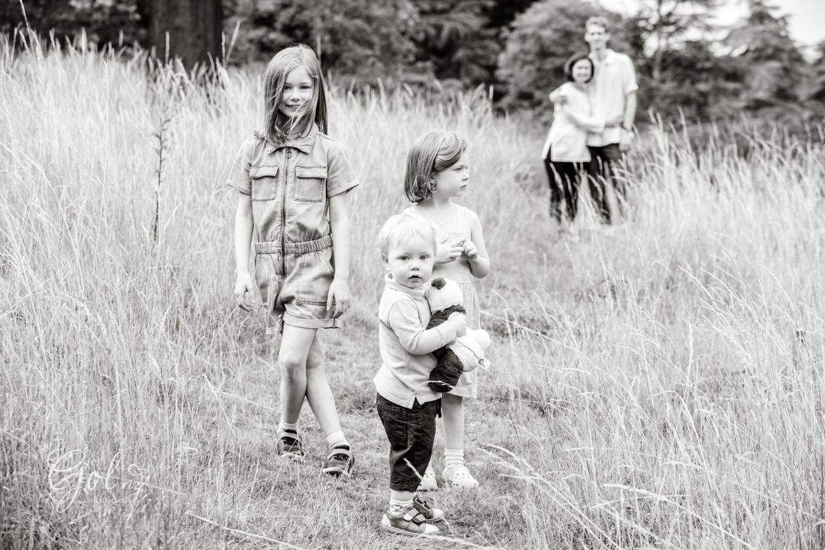 children photography outdoor in richmond park