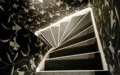 Nålfiltsmatta i trappor
