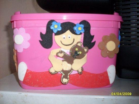 Pote de helado muñeca con oso