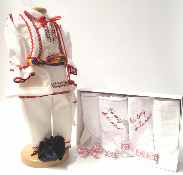 Set Costum National pentru baieti Victoras 6 si Trusou Botez Traditional