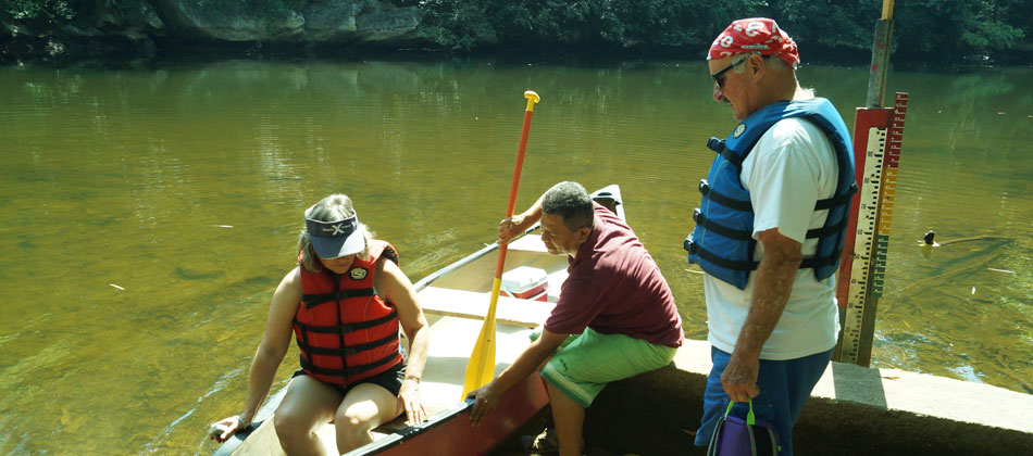 Belize-Macal-River-Canoeing