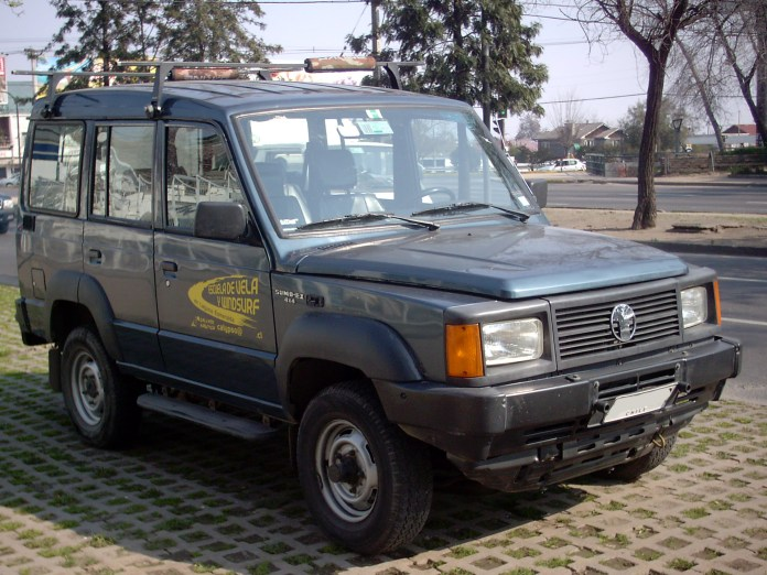 10 Iconic Discontinued Cars In India | Tata Sumo