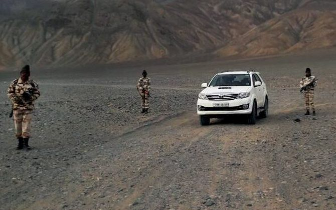 Indian Army Vehicles | Toyota Fortuner