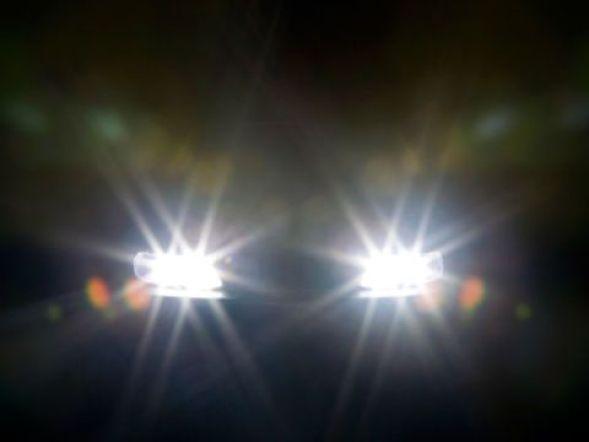 Adaptive headlamps