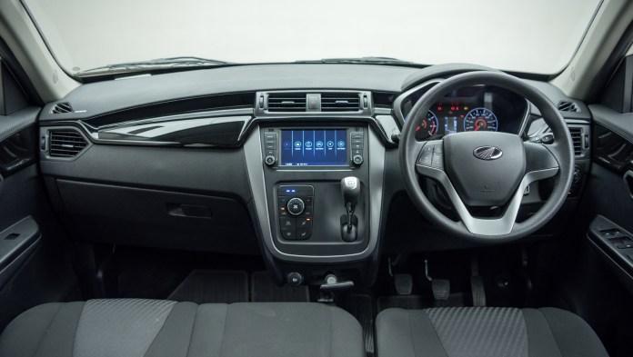 kuv100 Interior