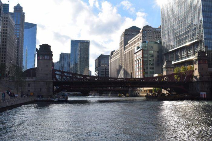 River crossing through Chicago