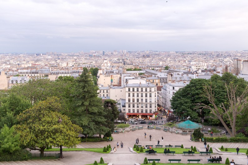 View of Montmarte from the steps of Sacre Couer, Paris, France || Paris in two days, a complete guide and itinerary to the city of lights in France.