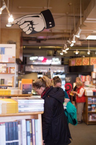kramerbooks-and-cafe-washington-dc-usa-3