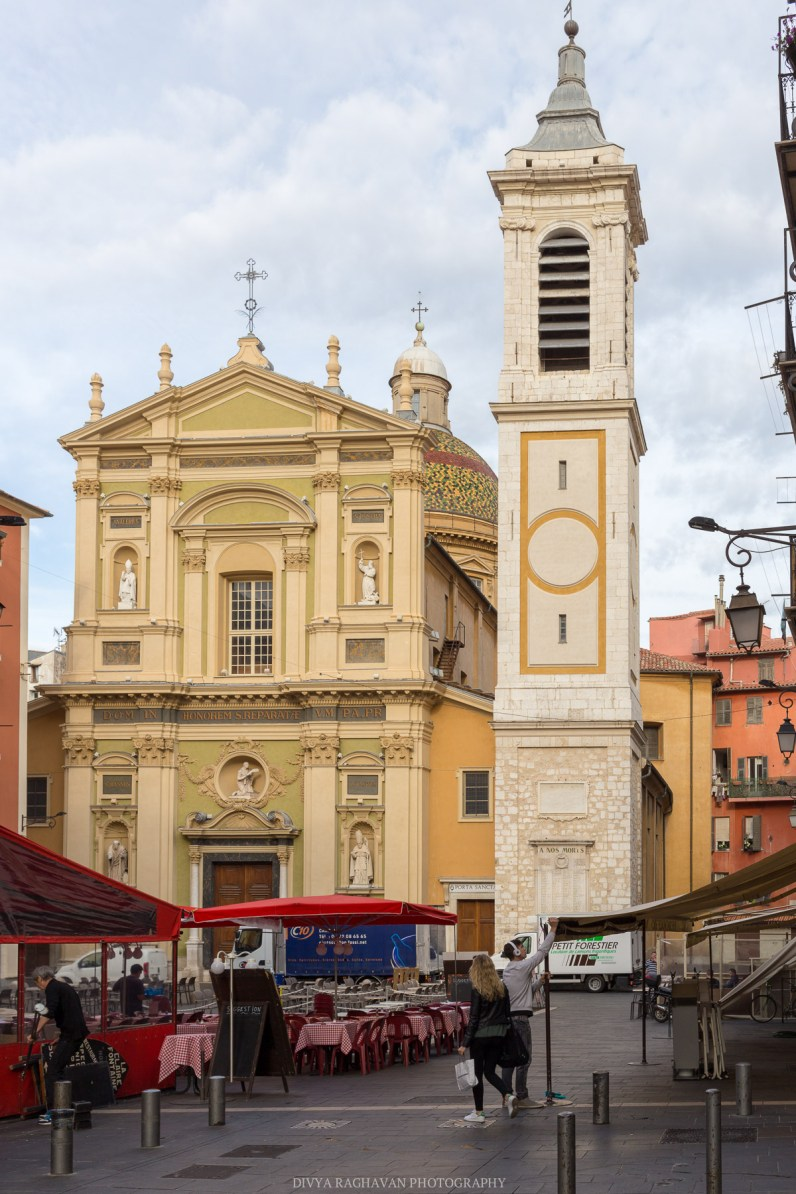 Cathedrale Saint Reparté, Place Rosetti Early mornings in the old town of Nice    Travel to Cote D'azure, South of France