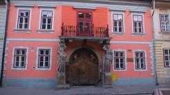Una dintre minunățiile arhitectonice din Sibiu. FOTO Cătălin SCHIPOR